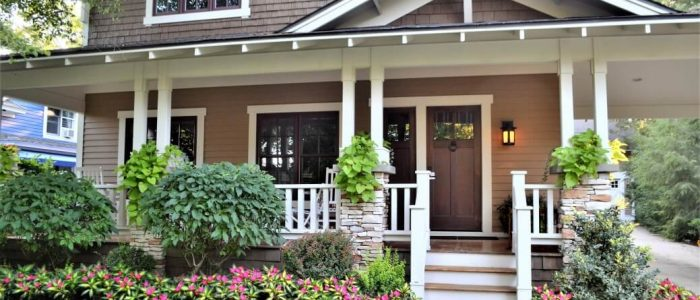 beautiful-landscape-home-with-an-inviting-front-door-entrance-houses-home-sweet-home_t20_9lAp6Y (1)